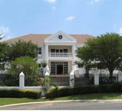 Bothongo House