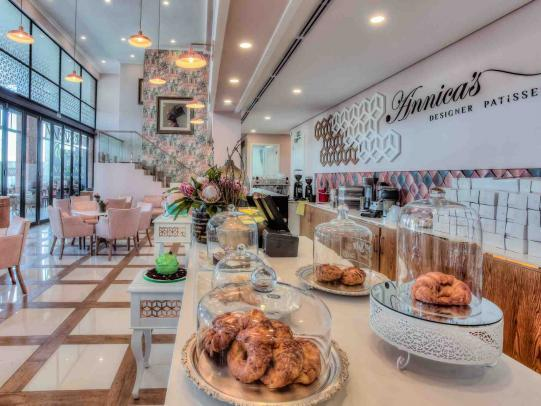 Annica's Designer Patisserie, coffee shop and restaurant
